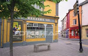 pretty-storefront-corner_~GTN1362